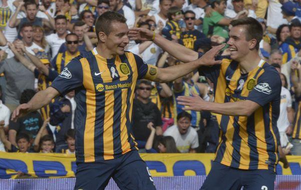 Ruben y Lo Celso celebran el primer gol. Central tiene fe. (Alfredo Celoria / La Capital)
