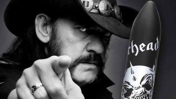 Lemmy hizo honor a uno de los temas que figuran en el primer álbum de su banda.