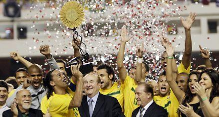 Brasil venció a Argentina 2-0 en la revancha del superclásico