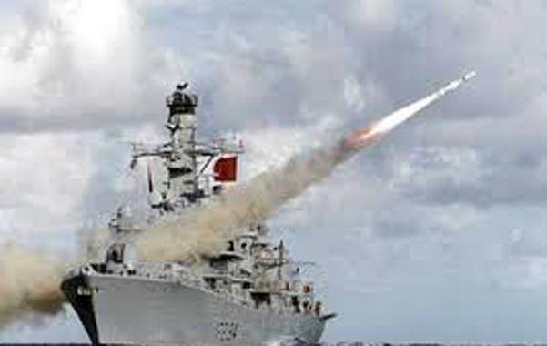 Una nave británica disparó 136 proyectiles en el archipiélago y el gobierno presentó una queja formal por una nueva provocación.