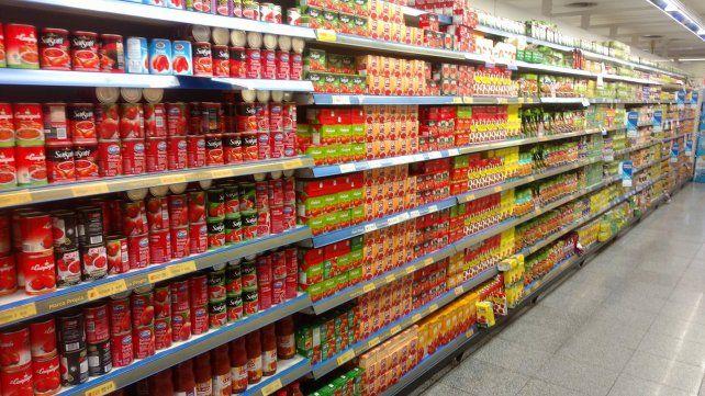 Uno de los rubros que más aumentó el año pasado fue alimentos y productos de limpieza (+38.81).
