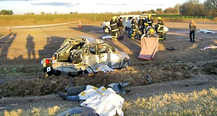 Seis integrantes de una familia muertos en un accidente de ruta