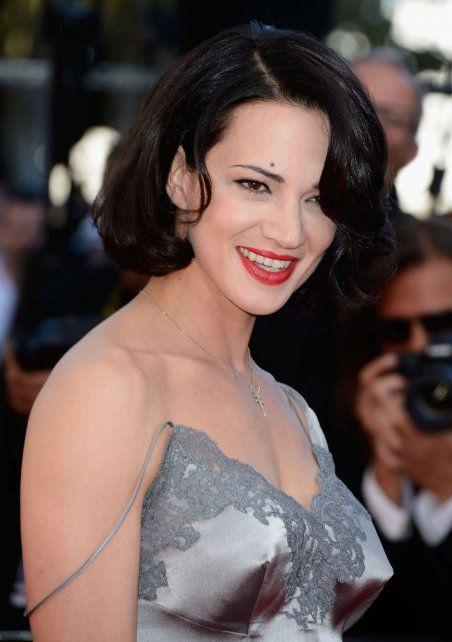 """Asia Argento acusó al director estadounidense Rob Cohen, realizador de películas como """"Rápido y furioso"""", de drogarla y abusar sexualmente de ella en 2002 durante el rodaje del filme """"Triple X""""."""