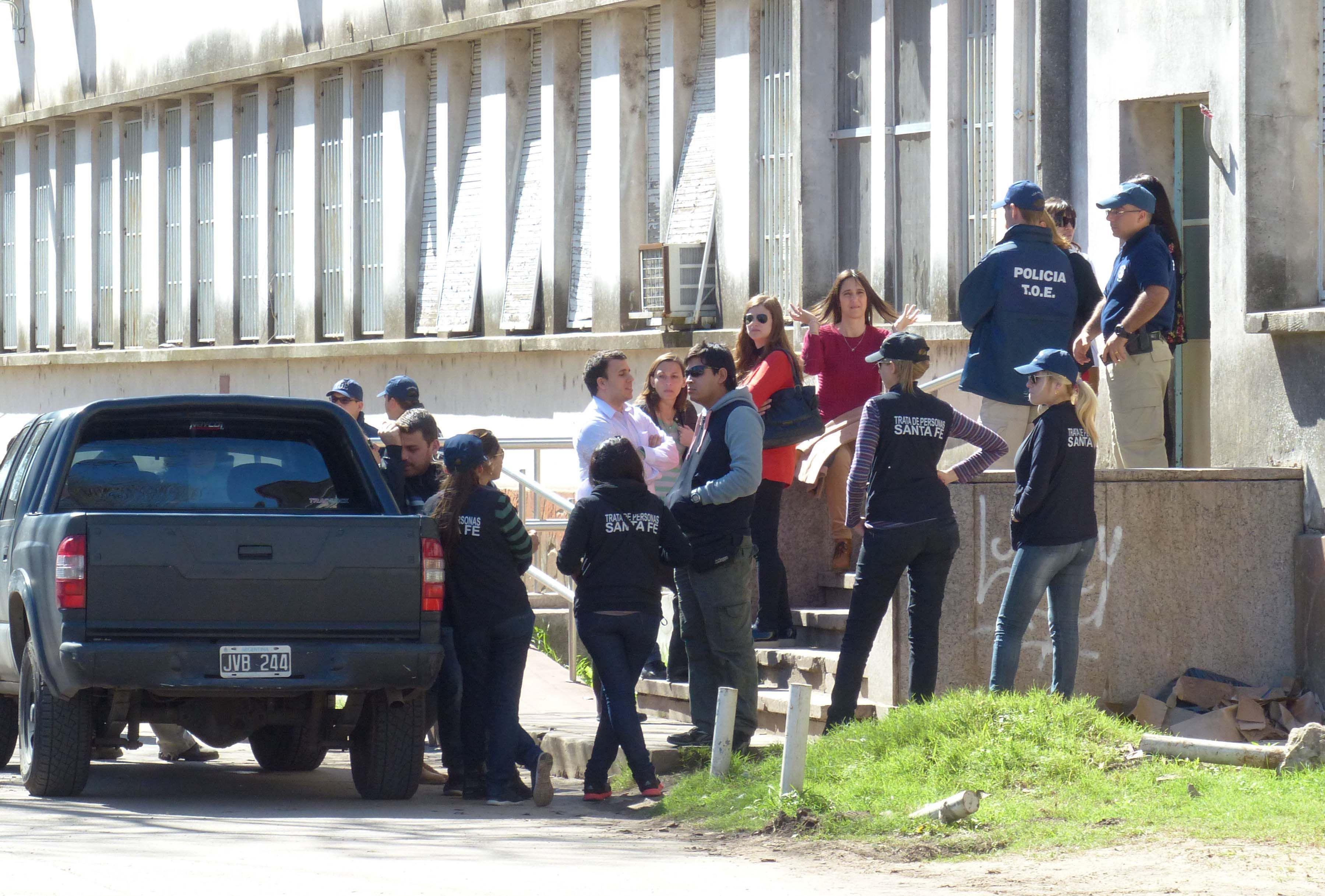La reconstrucción del hecho se realizó también el Hopital Eva Perón de Granadero Baigorria. (Foto: A. Amaya)