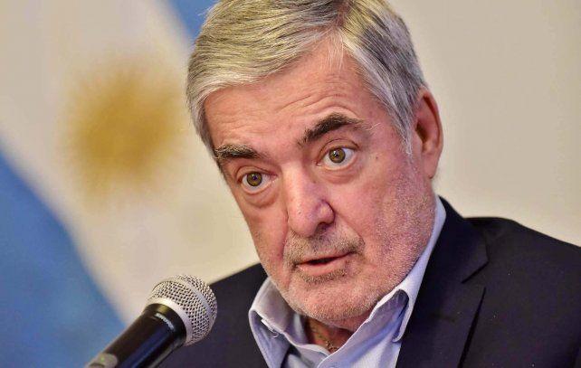 De luto. El gobernador Mario Das Neves falleció esta tarde. Tenía 66 años.