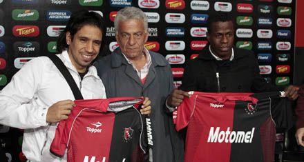 Víctor Figueroa y Carmelo Valencia se convirtieron ayer en refuerzos de Newells