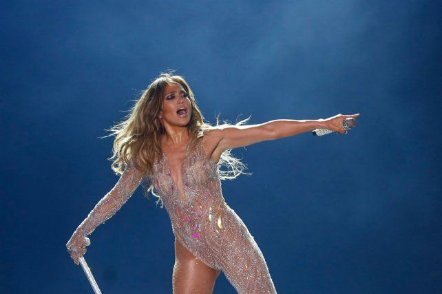 Demandan en Egipto a Jennifer López por actuar desnuda