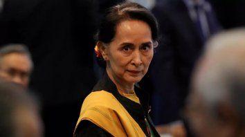 Suu Kyi y su partido ganaron de manera aplastante las elecciones de noviembre pasado. Los militares no admitieron nunca el resultado, que recortaba aún más sus poderes de facto.