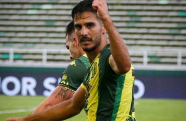 Aldosivi le ganó 2-0 a Lanús y salió de la zona roja