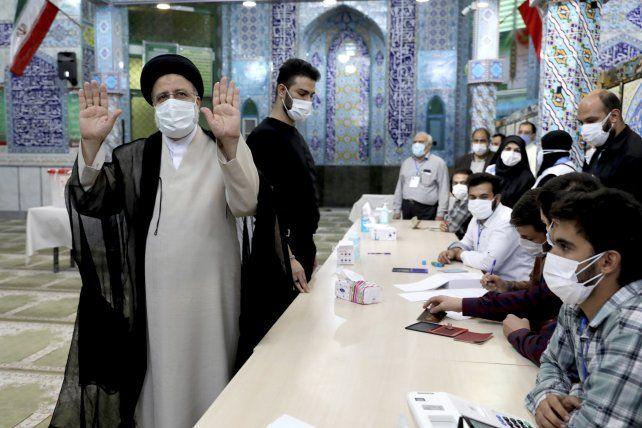 El presidente electo de Irán, Ebrahim Raisi, es un juez que firmó miles de condenas a muerte de opositores y un enemigo frontal de Israel.