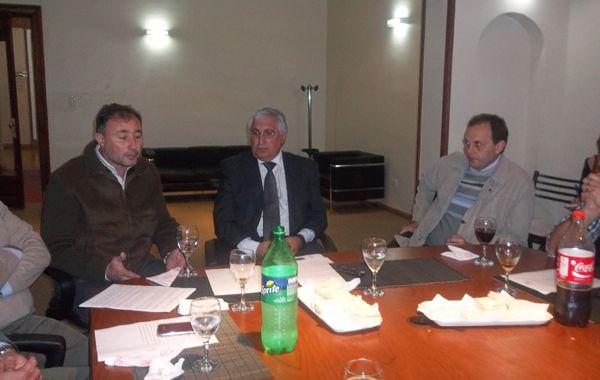 Las autoridades de la Asociación Empresaria se reunieron con el presidente comunal de Luis Palacios y con el senador Rasetto.