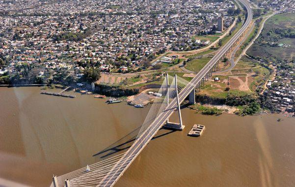 Rosario accederá a 59 millones de pesos anuales para inversiones en infraestructura en barrios y transporte público de pasajeros.
