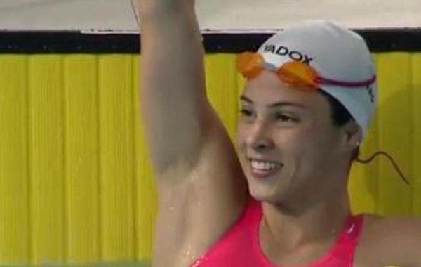 La nadadora chaqueña de 23 años estableció un nuevo récord en los 100 metros pecho.