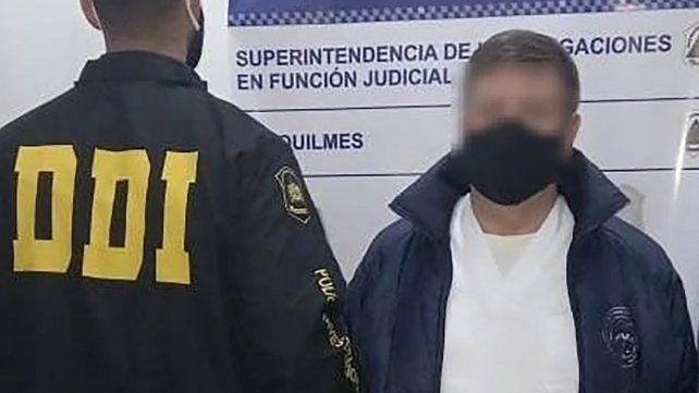 Detuvieron a un falso médico que ejercía como traumatólogo, pediatra y clínico en Quilmes