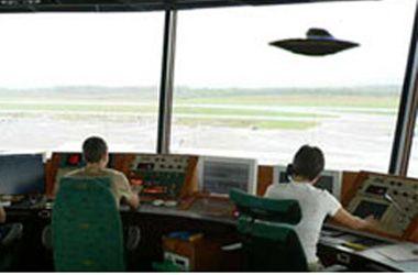 El gobierno inglés revela que un avión estuvo a punto de chocar con un Ovni