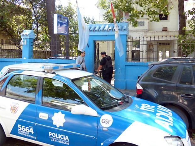 La seccional 9ª está ubicada en inmediaciones de la cancha de Rosario Central.