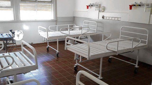 El hospital de Firmat cuenta con tres salas de Covid-19 pero una enfermera dice que no tiene personal.