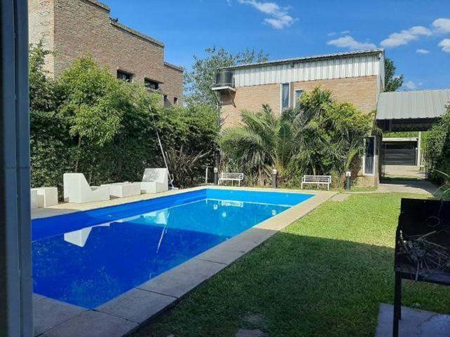 Ya hay gente interesada en alquilar casas en el Gran Rosario para pasar parte del verano.