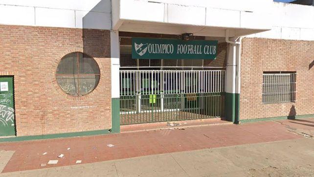 El club se levanta en Mitre 1149, en una zona privilegiada de la ciudad.