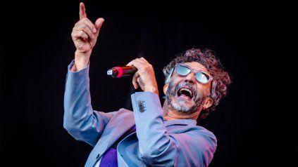 Fito Páez se presentará este sábado con su banda para homenajear a Charly García en el teatro Colón.