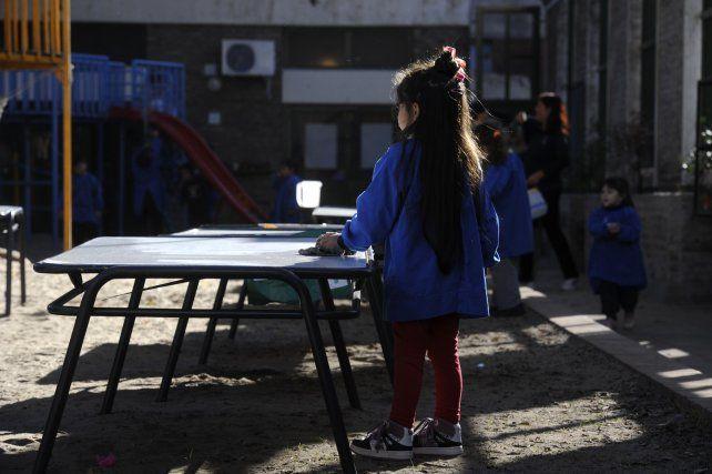 La ministra de Educación puso en dudas que pueda haber dificultades para entregar la copa de leche
