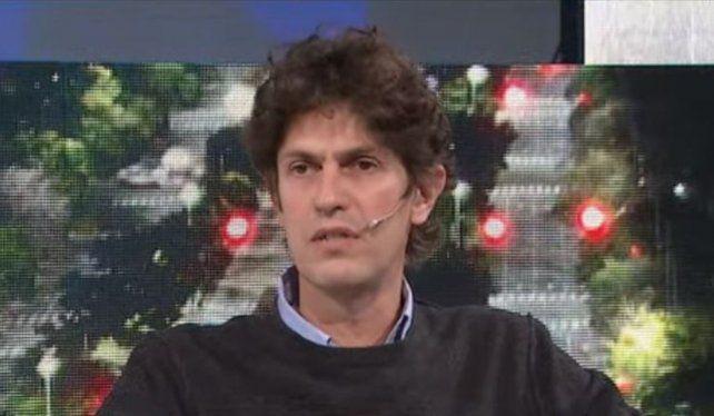 El senador de Juntos por el Cambio Martín Lousteau criticó al gobierno por el homenaje a las víctimas del coronavirus.