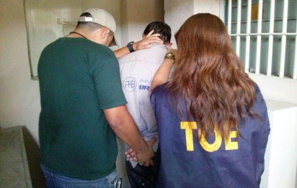Personal de la TOE detuvo al sospechoso en Ituzaingó al 4500.