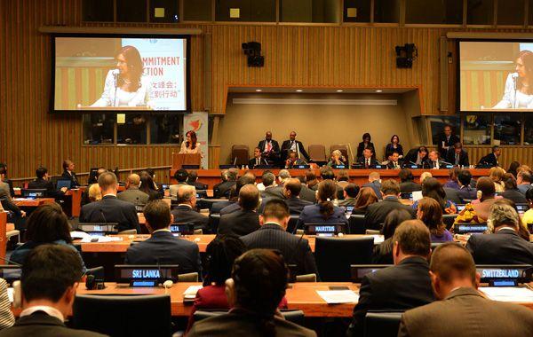 Tras disertar en el plenario sobre Igualdad de Género y Empoderamiento de la Mujer