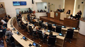 Apertura periodo legislativo. En diciembre pasado, el intendente participó de las actividades en el Palacio Vasallo, en tiempos de la prepandemia, con presencia de los concejales y concejalas.