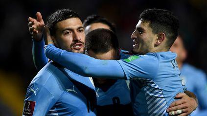 Sin sobresaltos, Uruguay goleó a Bolivia y quedó cuarto en las Eliminatorias