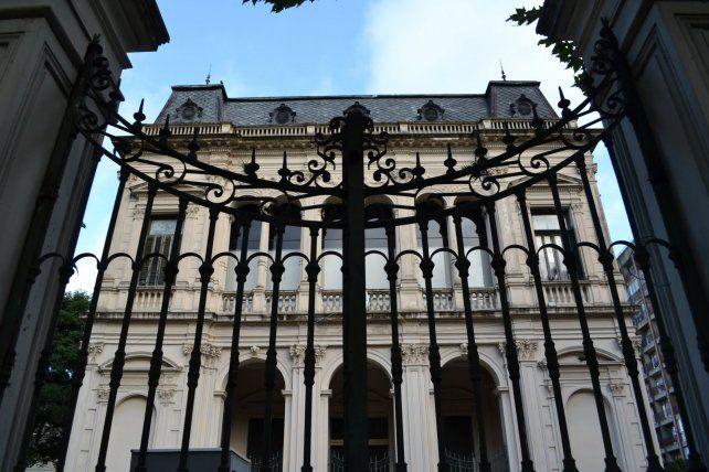 Cuatro ex integrantes de la Justicia federal de Rosario están bajo la lupa.