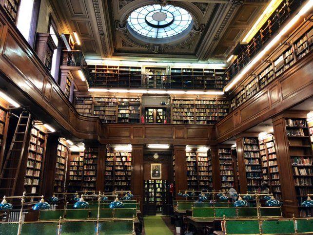 Un ámbito sagrado. La maravillosa biblioteca del Colegio Nacional de Buenos Aires