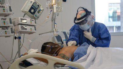 Las áreas de terapia intensiva ya expandidas en 2020 están otra vez saturadas y por encima del 90% de ocupación.