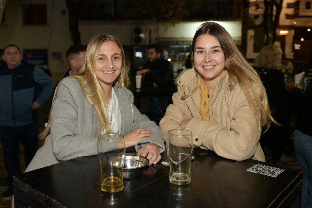 Juliana Algan y Candela Bockl