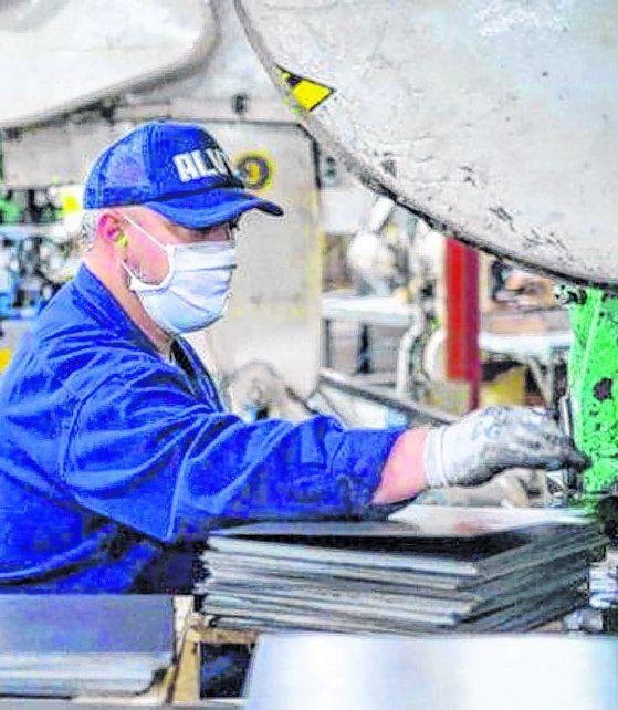 Producción. La recuperación es inocultable en las fábricas.