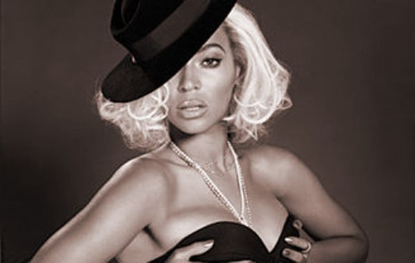 Beyoncé protagoniza la portada de la revista Out.