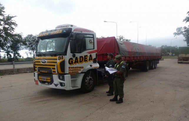 Secuestraron 27 mil kilos de precursores químicos en un operativo en Venado Tuerto