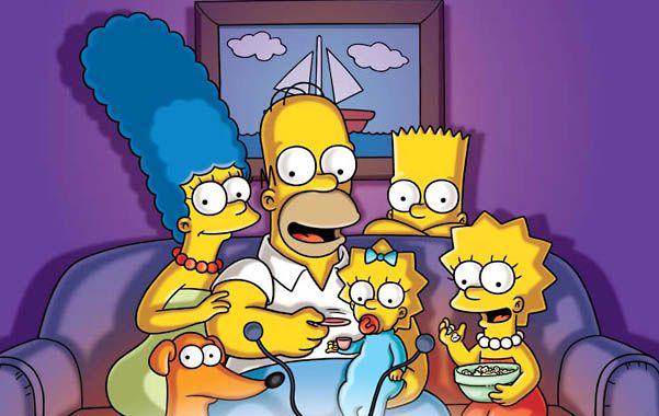 Detrás de la TV. Homero enfrentará un caos existencial en esta temporada y su familia tratará de contenerlo.