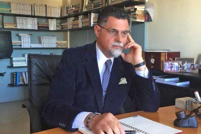 El abogado Gustavo Feldman representa a la fiscal Natalia Benvenuto.