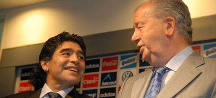 Grondona: Maradona es una joya y estoy feliz de haber llegado a disfrutarlo