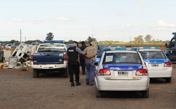 Viciado. El allanamiento del 4 de abril de 2013 en una quinta de Alvear fue duramente cuestionado por las partes.