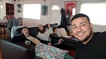 Charly, a la derecha, el supuesto proveedor de drogas y alcohol de Maradona.