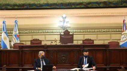 Farías (titular de la Cámara baja) y Sukerman durante la extensa interpelación.