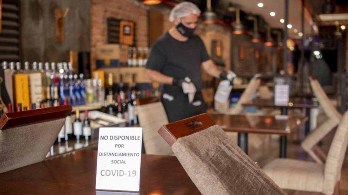Bares y restaurantes volverán a funcionar a partir del lunes, pero  respetando todos los protocolos de seguridad