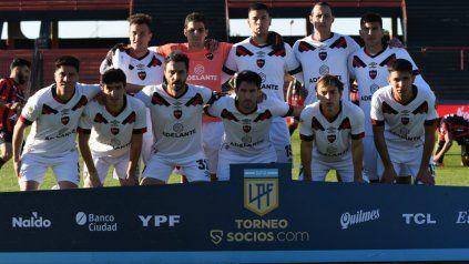 Arriba: Compagnucci, Aguerre, Mansilla, Lema y Castro. Abajo: Cristaldo, Giani, Scocco, Negri, Cacciabue y Sforza.