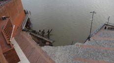 Con la luz de la mañana quedaron al descubierto los daños que causó el derrumbe de la barranca.