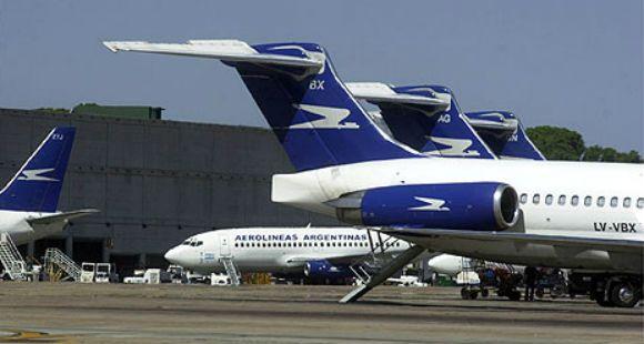 El gobierno habla de boicot al tránsito aéreo y no descarta recurrir a personal militar