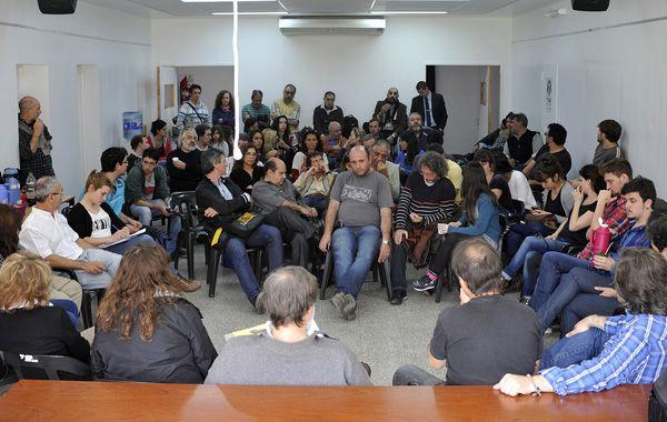 Los periodistas pidieron que el compromiso de las empresas periodísticas se convierta en acciones concretas en resguardo de la integridad de sus trabajadores.