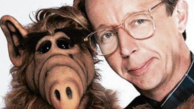 figuras. Alf junto a Wright.