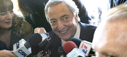 Kirchner retó a De Narvaéz a  que se presente ante la Justicia